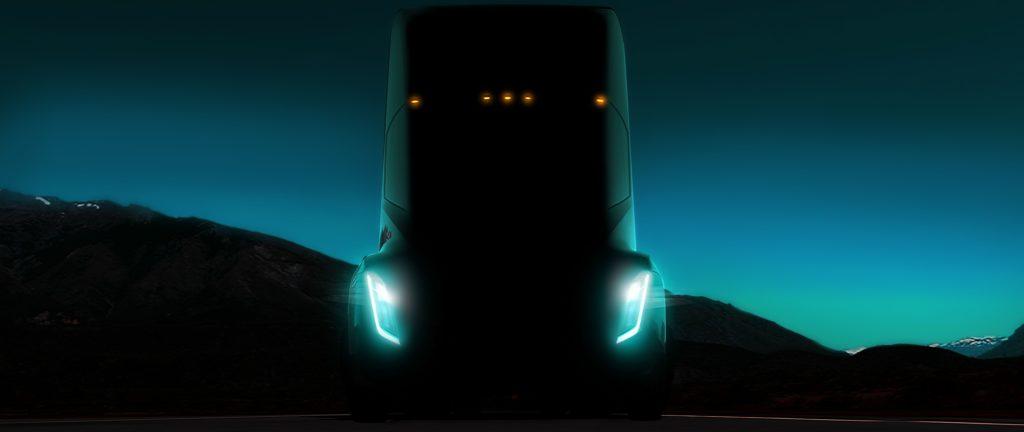 Le futur semi-remorque de Tesla sera autonome