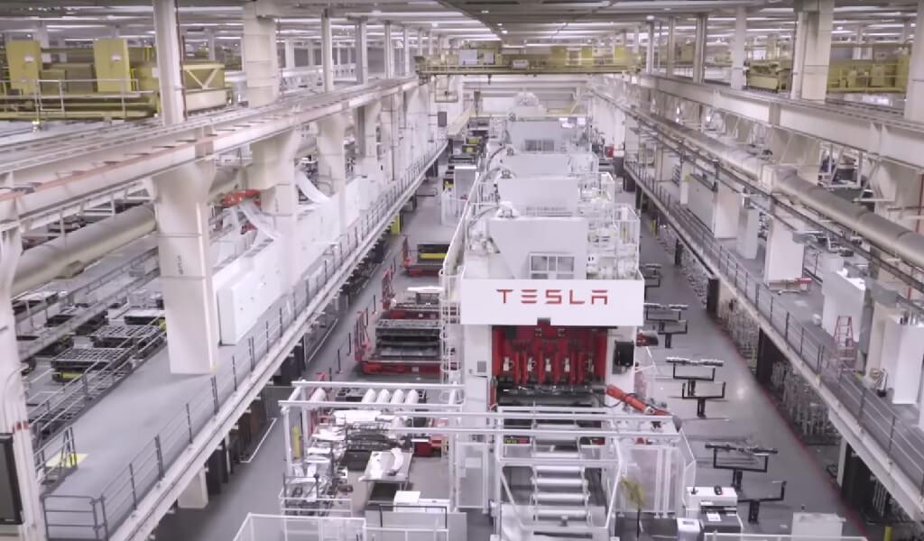 Tesla offre une garantie d'emploi et un meilleur salaire pour ses salariés allemands