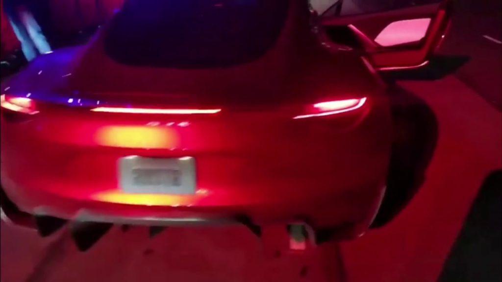 L'accélération monstrueuse du Tesla Roadster en vidéo