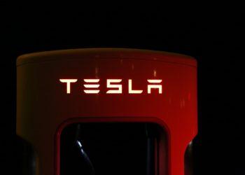tesla battery supercharger