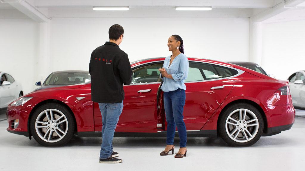 Tesla bataille pour la vente directe dans 8 états, boutique et centre de service