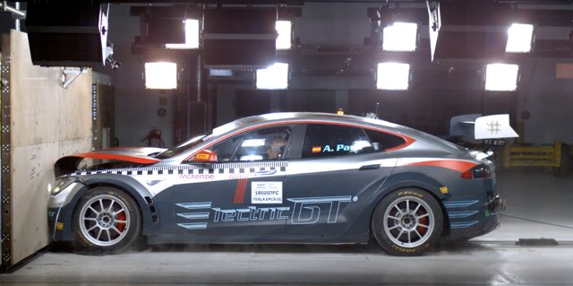 Un nouveau championnat de course pour Tesla, Electric qgt