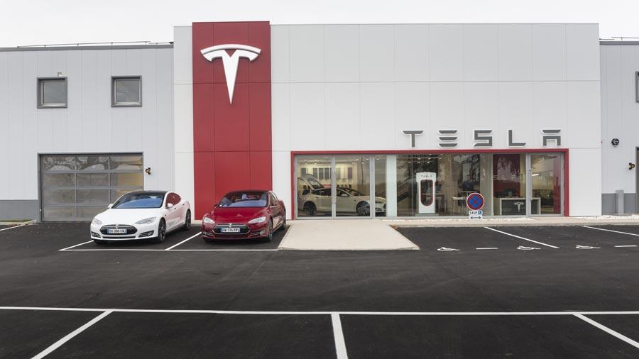 Tesla annonce l'ouverture d'un nouveau showroom dans Paris