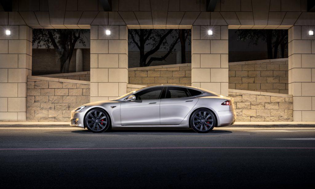 Model S : Tesla rappelle 123 000 véhicules