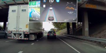 Tesla mise à jour de l'autopilote