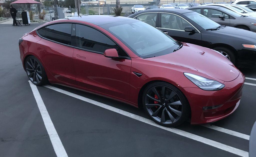 Tesla dévoile les détails de son Model 3 Dual-Motor AWD
