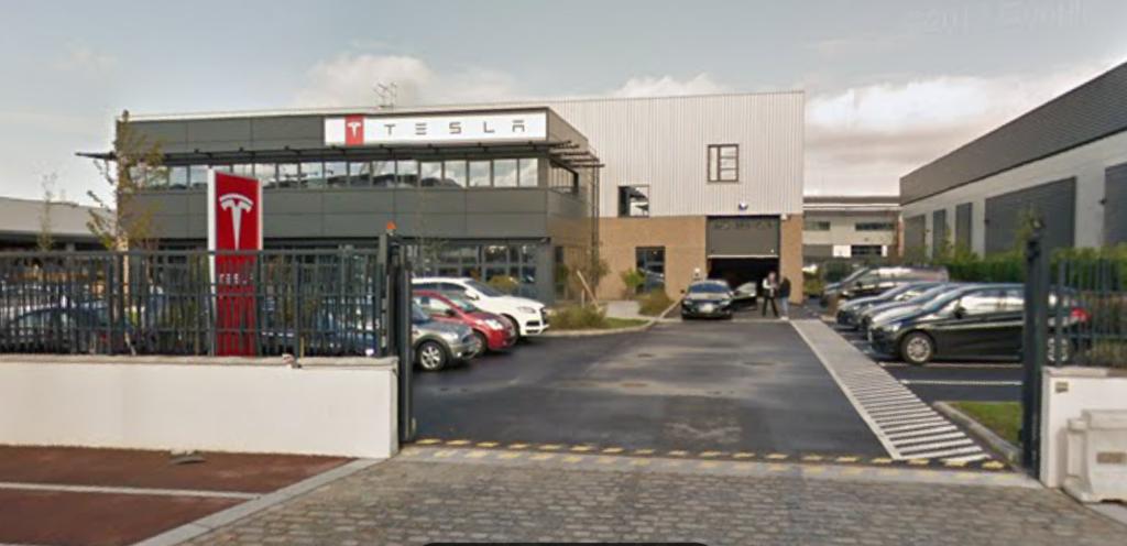 Gennevilliers : un incendie dévaste le centre de services Tesla