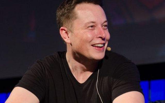 Un actionnaire de Tesla aurait tenté de faire remplacer Elon Musk