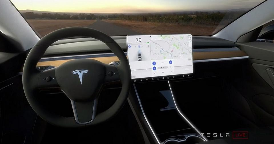 tesla frole la faillite a cause du model 3