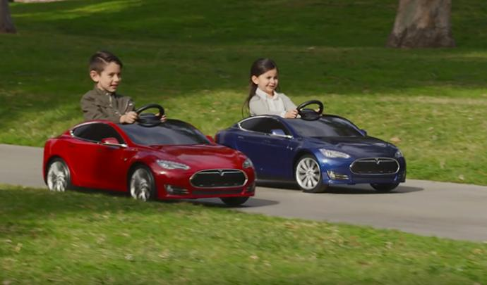 tesla model S enfant